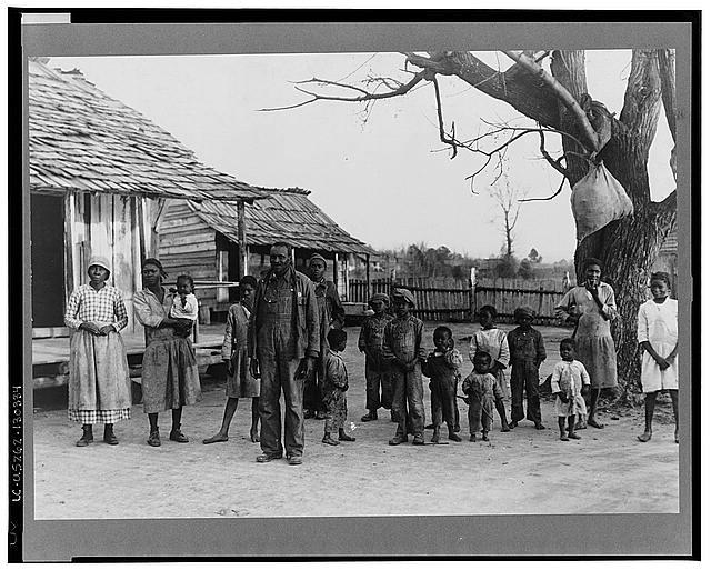 Negroes, descendants of former slaves of the Pettway Plantation, Gees Bend, Alabama, 1937